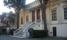 İstanbul_-_Sanayi-i_Nefise_Mektebi_(Mimar_Sinan_Güzel_Sanatlar_Üniversitesi)_r2_-_Mart_2013
